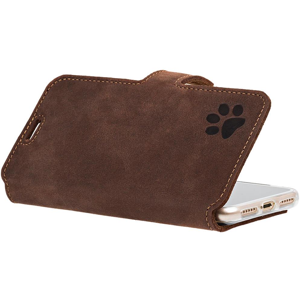 Surazo® Slim cover CC phone case Nubuck - Nut brown - Paw